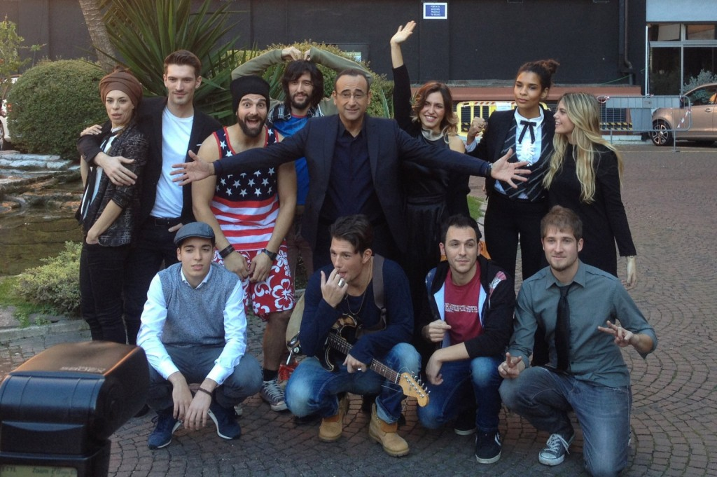 Takmičari u kategoriji Nuove Proposte i Karlo Konti (Foto: RAI)